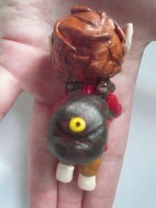 """Petit Bilbon réalisé lors de l'atelier """"figurine en folie"""" peint."""